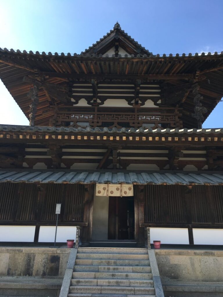 法隆寺の金堂