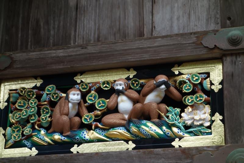 日光東照宮の見猿・言わ猿・聞か猿