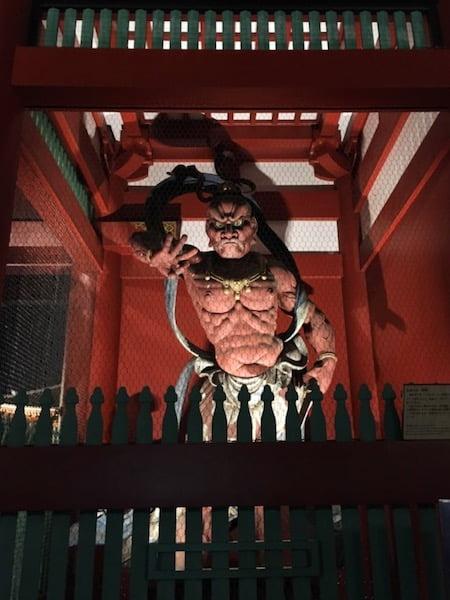 浅草寺の仁王尊像