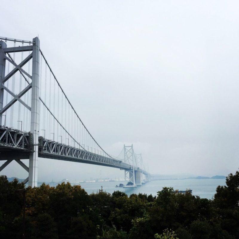 瀬戸大橋から四国側を見た風景