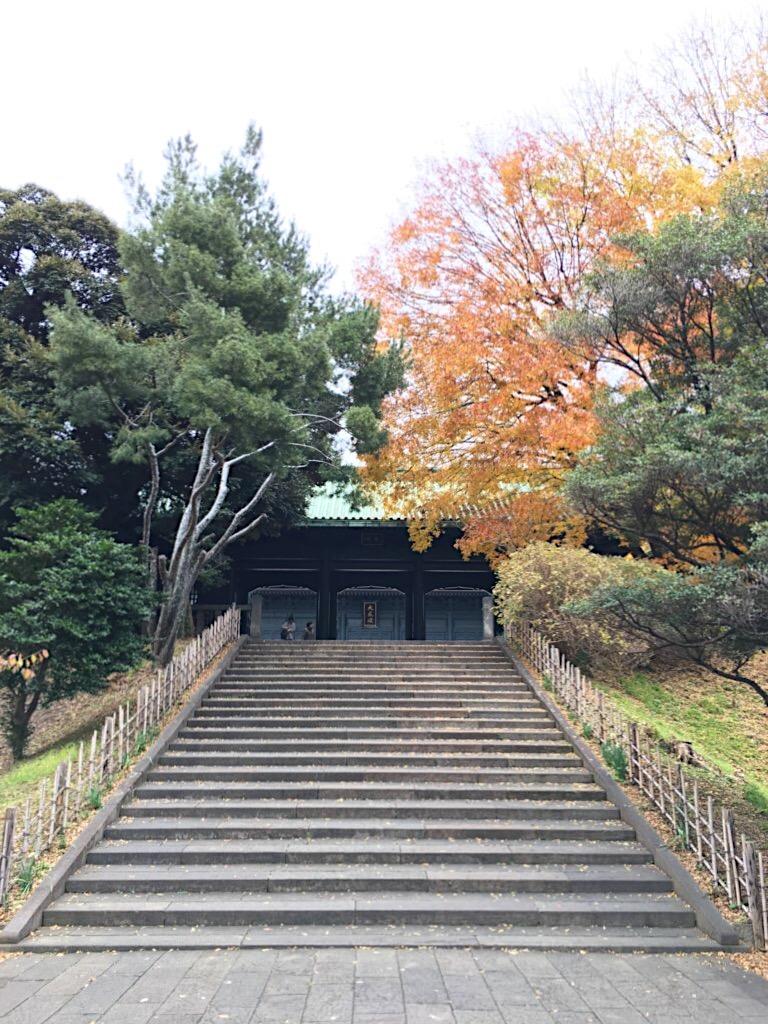 大成殿への階段