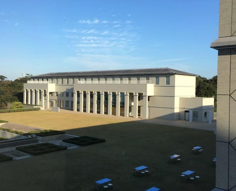大塚国際美術館の地上の建物