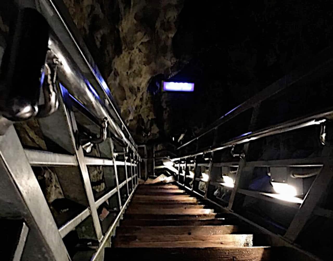 第一地底湖展望台