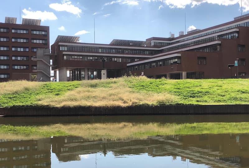 筑波大学の付属中央図書館