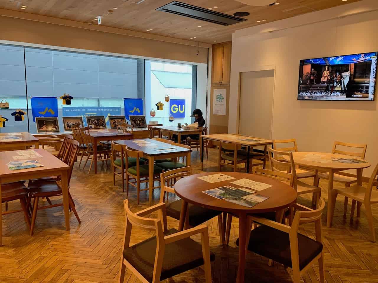 銀座NAGANO2階のカフェイベントスペース