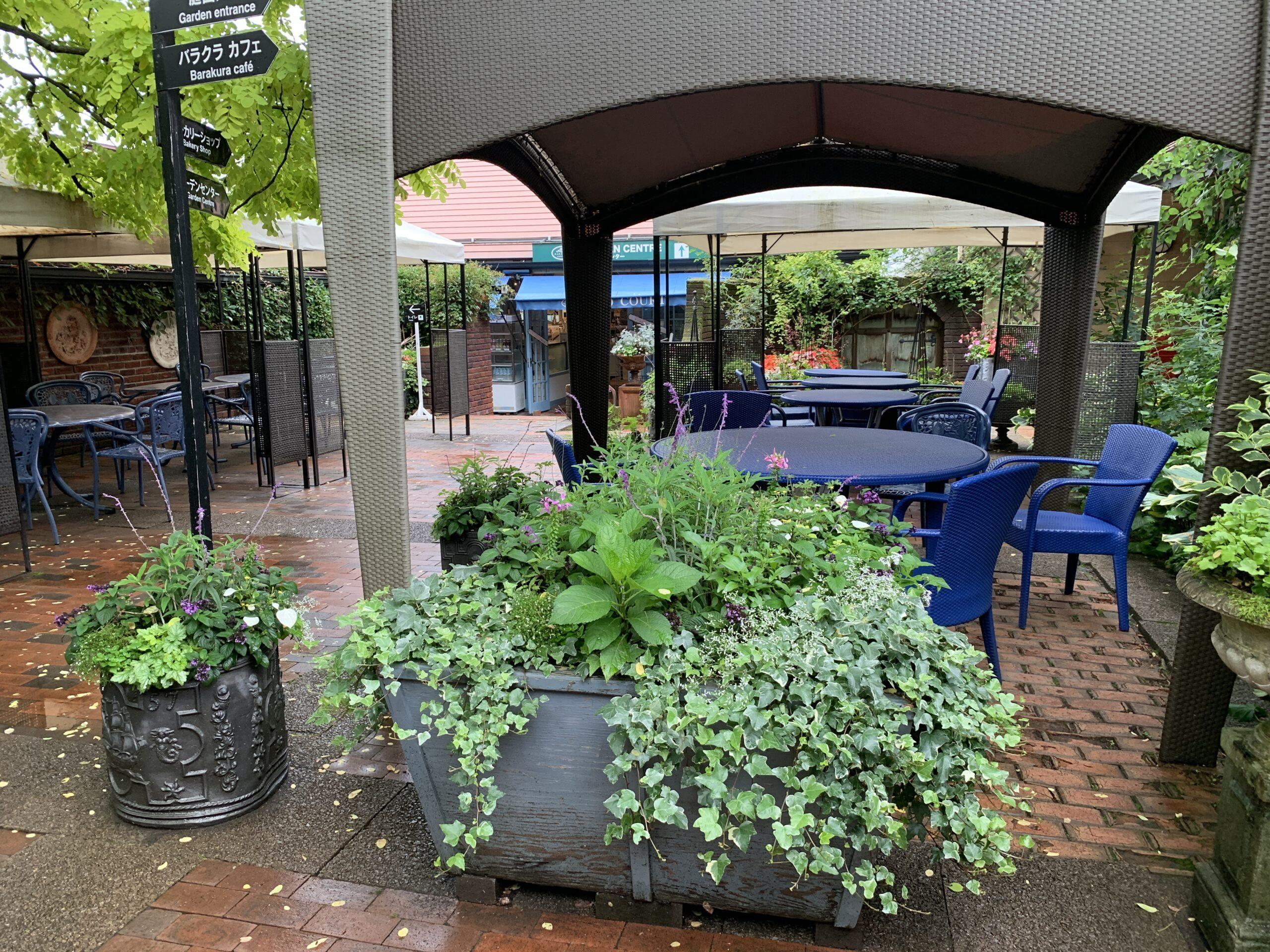 バラクライングリッシュガーデンのカフェレストラン