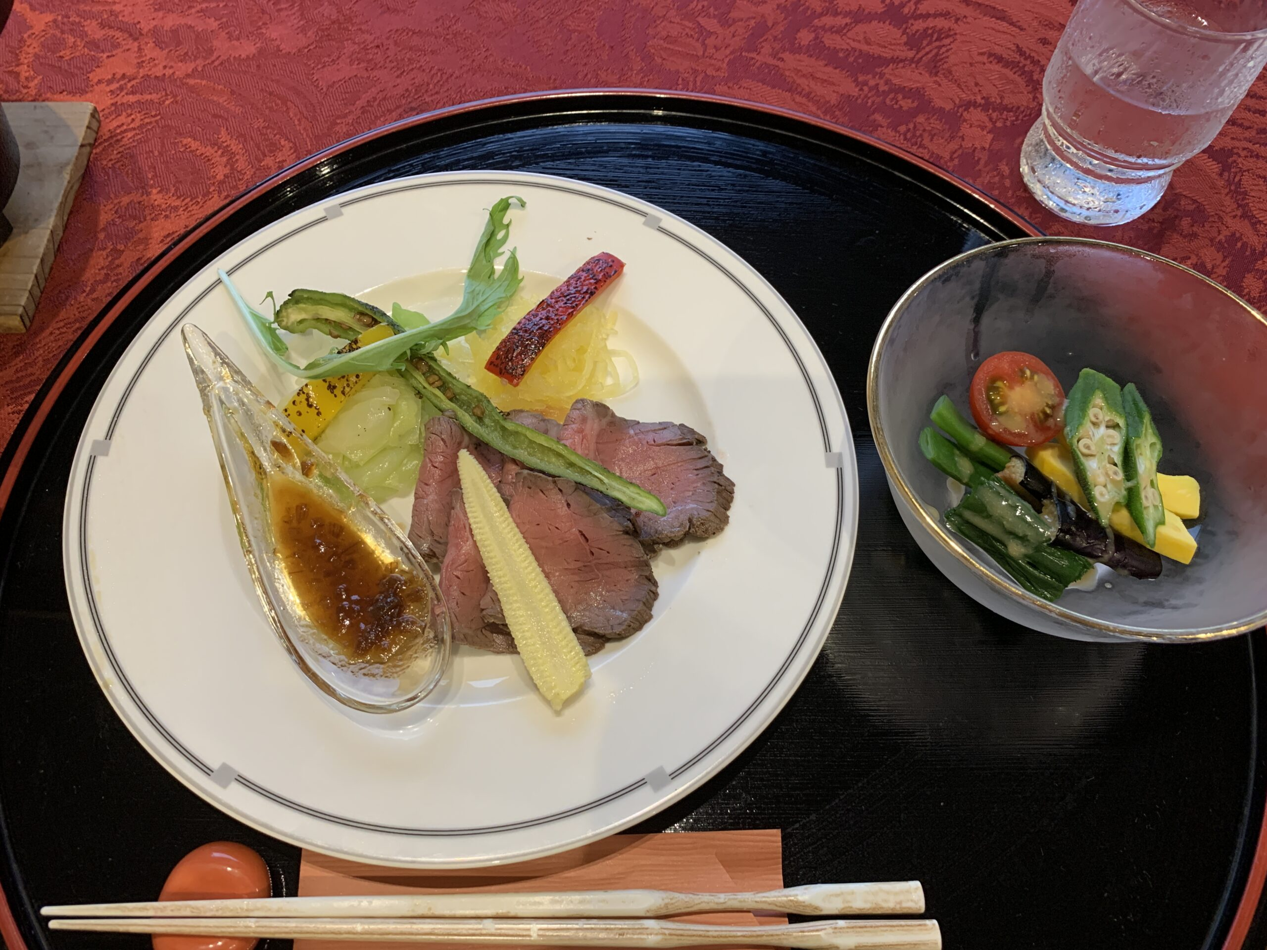 夏野菜とローストビーフ