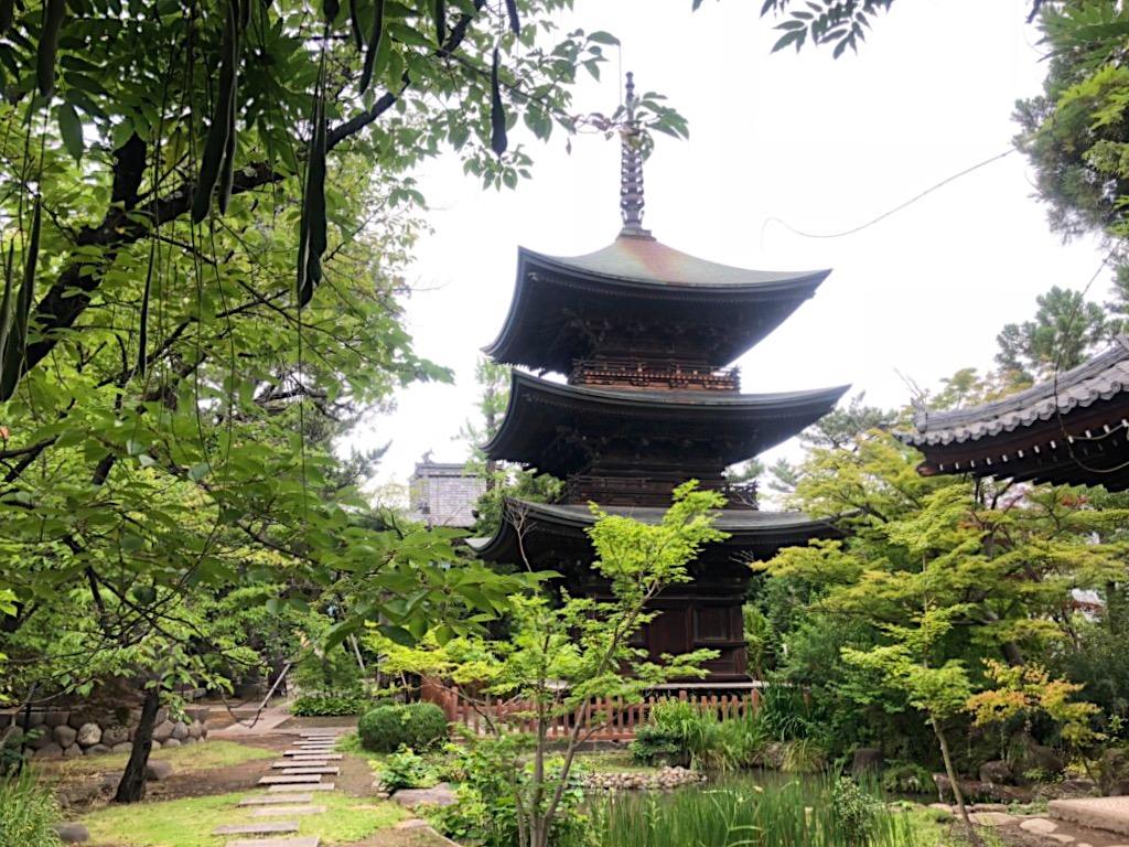 信濃国分寺の三重塔